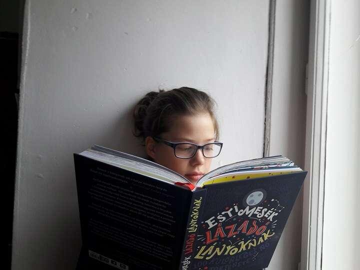 Amikor a 12 éves lányom meglátta ezt a könyvet d7b5e44044