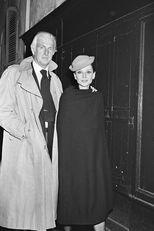 Hubert és Audrey egy párizsi étterem előtt, 1978-ban