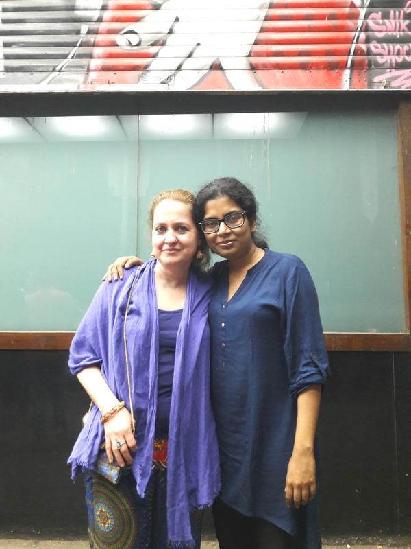 Kata a születésnapját ünnepelte az indiai barátnőjével