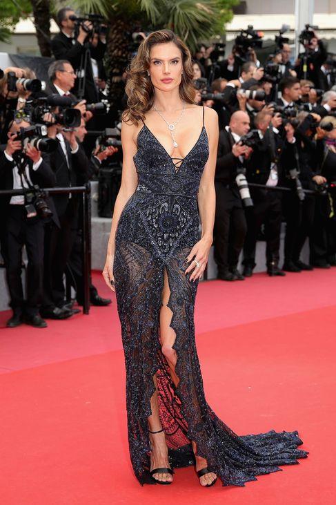 18387ef63 Tíz plusz egy kedvenc estélyi ruha a Cannes-i Filmfesztivál vörös ...