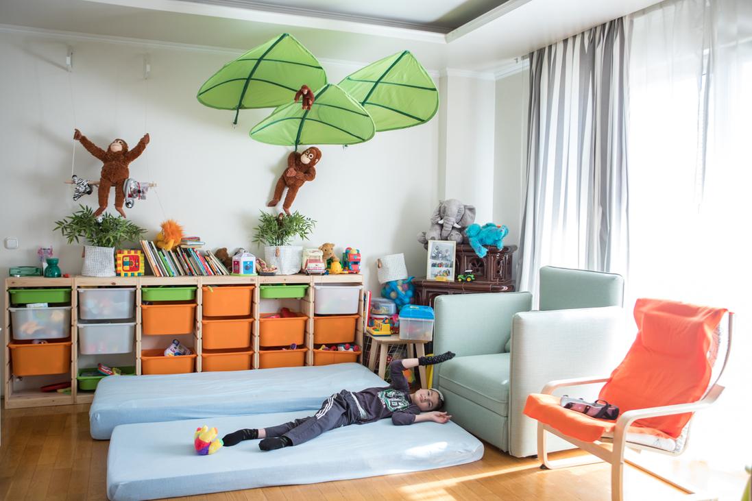 A Tábitha-ház nappalija, ahol épp egy kis páciens fekszik
