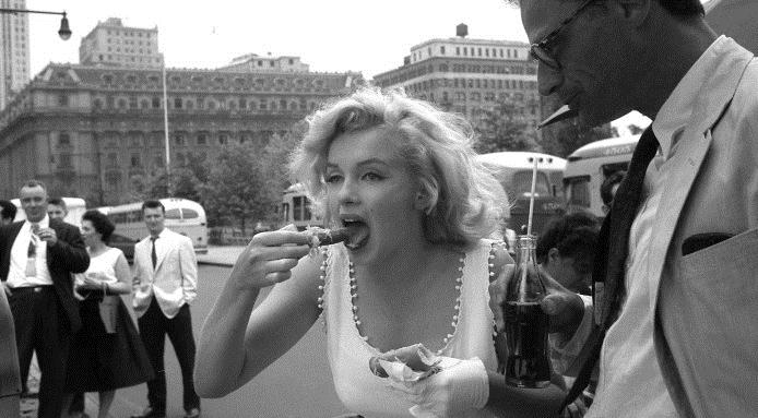 marilyn-hot-dog