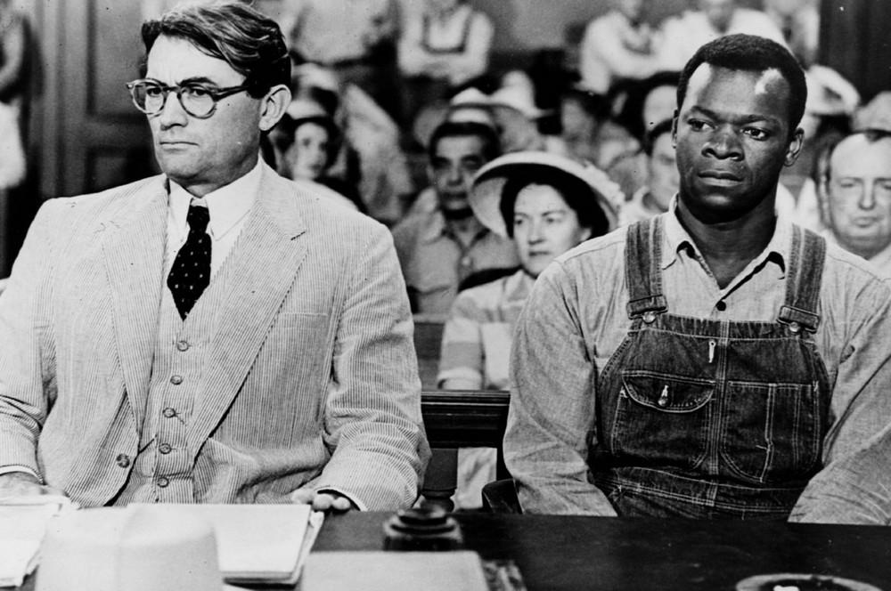 Atticus és védence a tárgyalóteremben